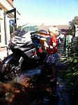 Nichtje wast de motor erg goed! :D